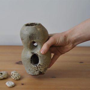 Petite Pierre - Margaux Ceramics - Grotte RAUKS 03 main