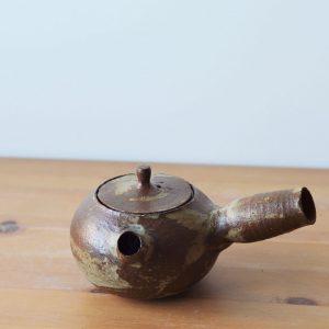 Yokode Kyusu L Juin - face - Margaux Ceramics