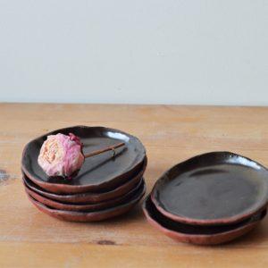Petite coupelle brune - fleur - Margaux Ceramics